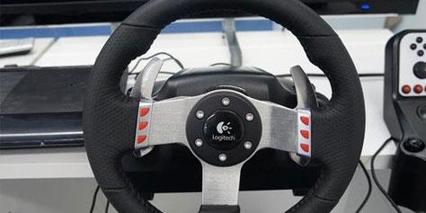 Imagem de Análise: volante Logitech G27 no site TecMundo