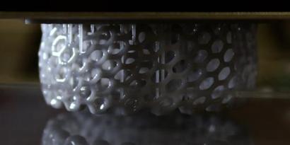 Imagem de Como funciona uma impressora 3D? [ilustração] no site TecMundo