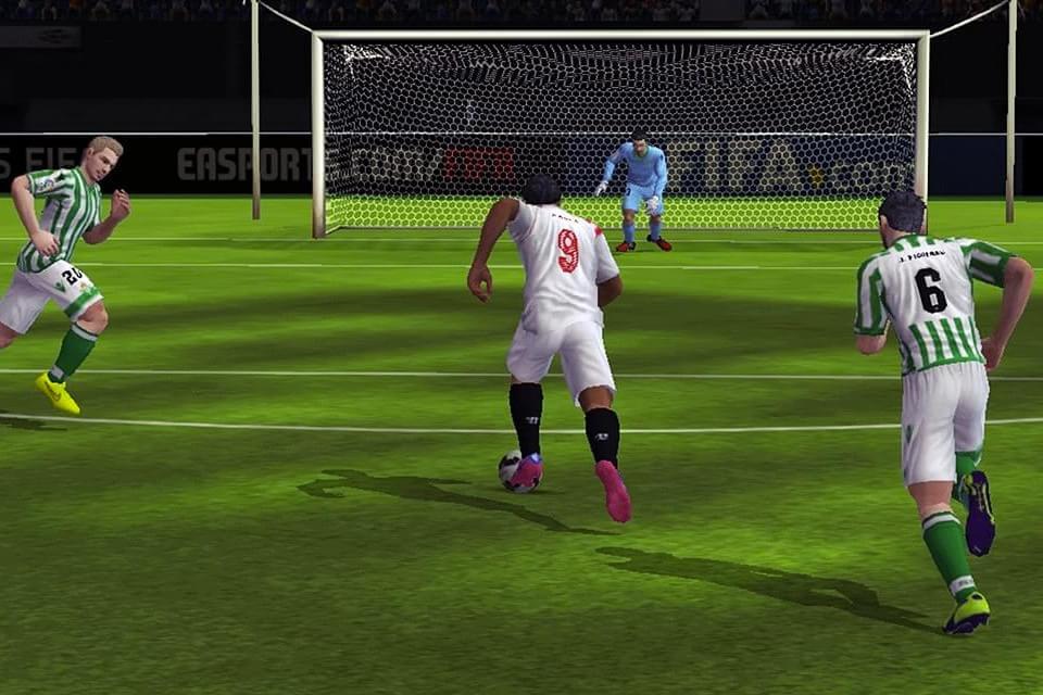 Imagem de FIFA 15 Ultimate Team tem dificultado a vida dos jogadores nos celulares no site TecMundo