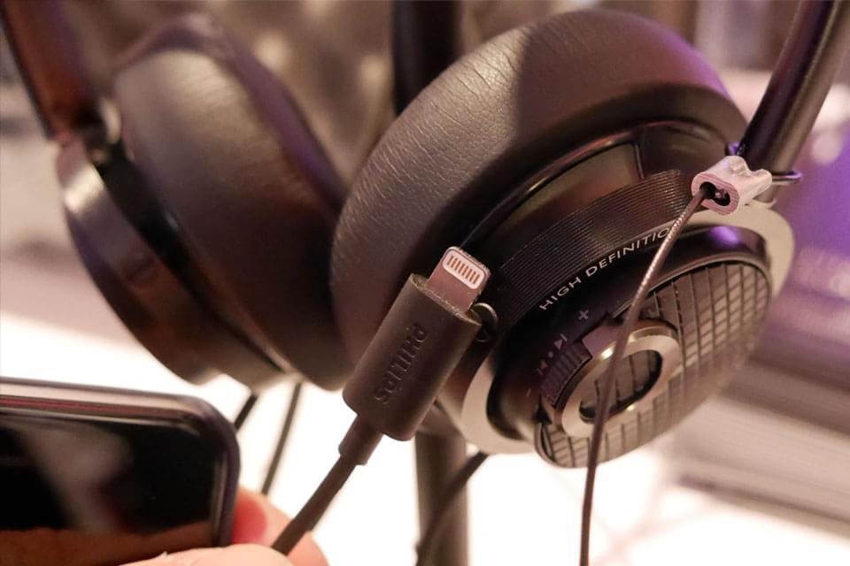 Imagem de Philips lança fones com cancelamento de ruído e conector Lightning no site TecMundo