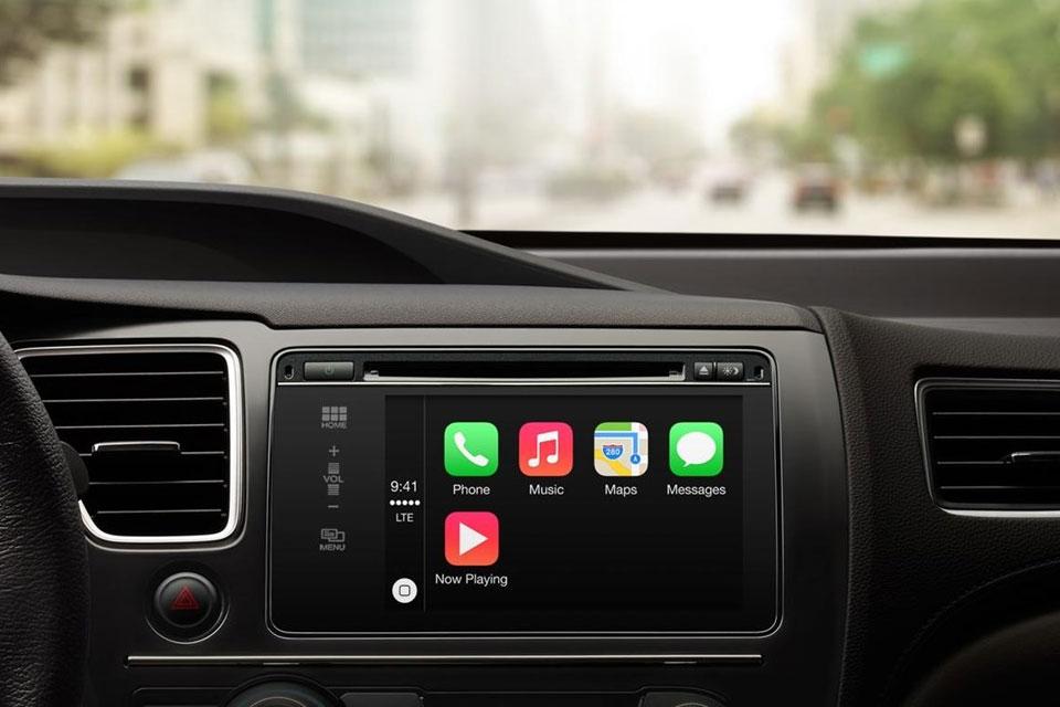 Imagem de Apple CarPlay estará disponível em mais de 40 carros diferentes no site TecMundo
