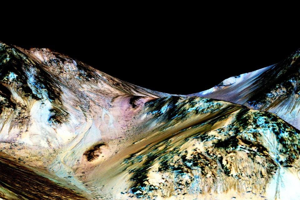 Imagem de NASA confirma: existe água em Marte e ela é bem parecida com a nossa no tecmundo