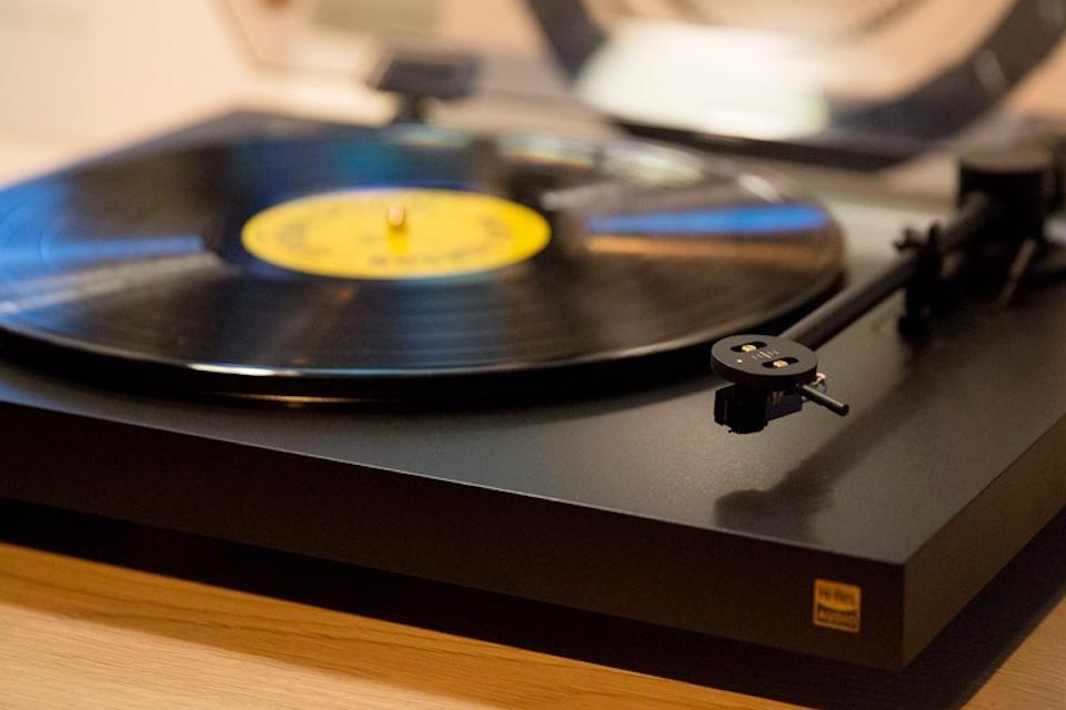 Imagem de Sony lança toca-discos hi-res e alto-falantes Bluetooth com Google Cast no tecmundo