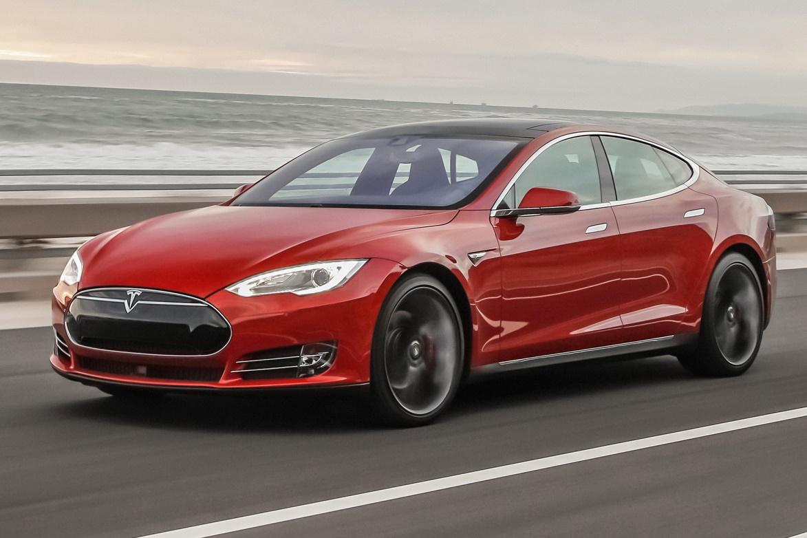 Imagem de Primeiro acidente fatal envolvendo Piloto Automático da Tesla é registrado no tecmundo