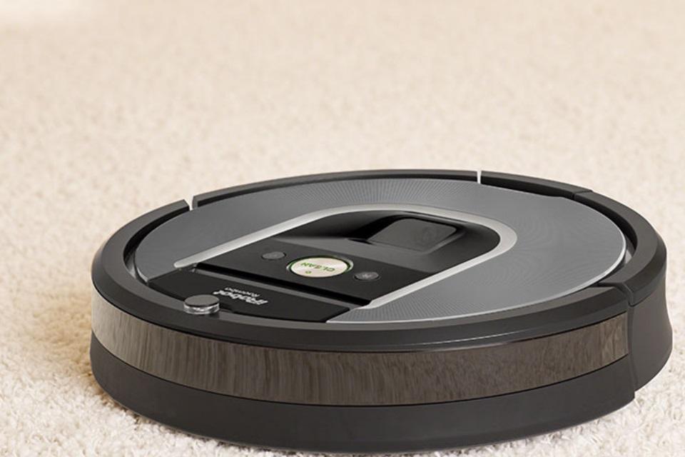 Imagem de Criadores do Roomba confessam que é bem comum ele espalhar cocô pelas casas no tecmundo