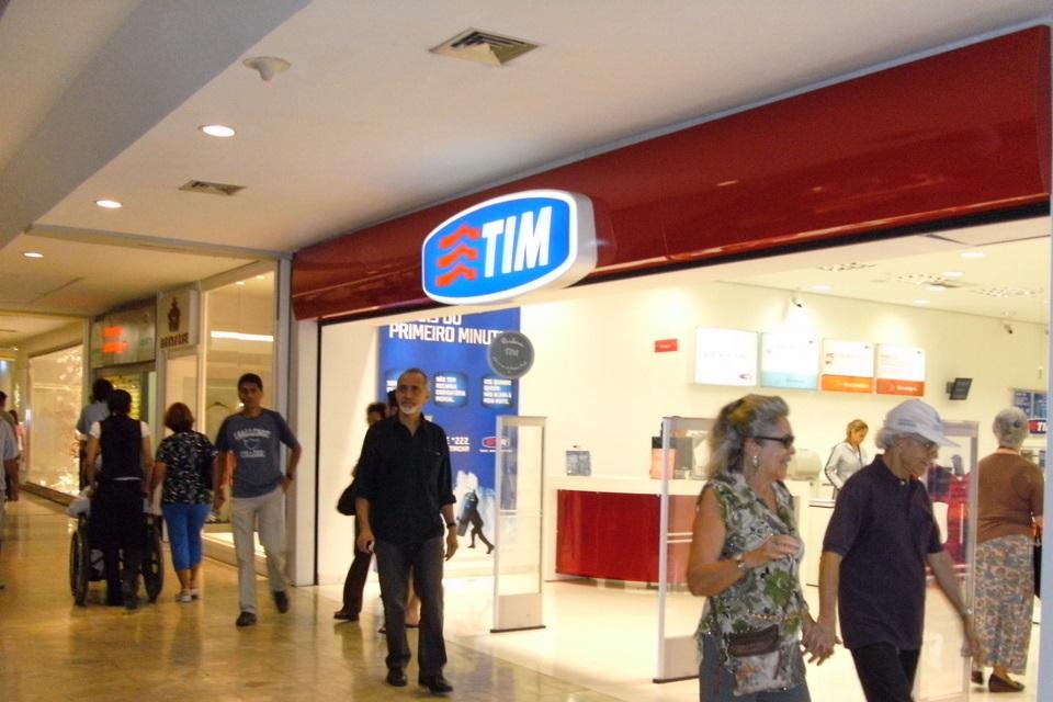 Imagem de TIM diz que errou em foco no pré-pago e que WhatsApp grátis não é obrigação no tecmundo
