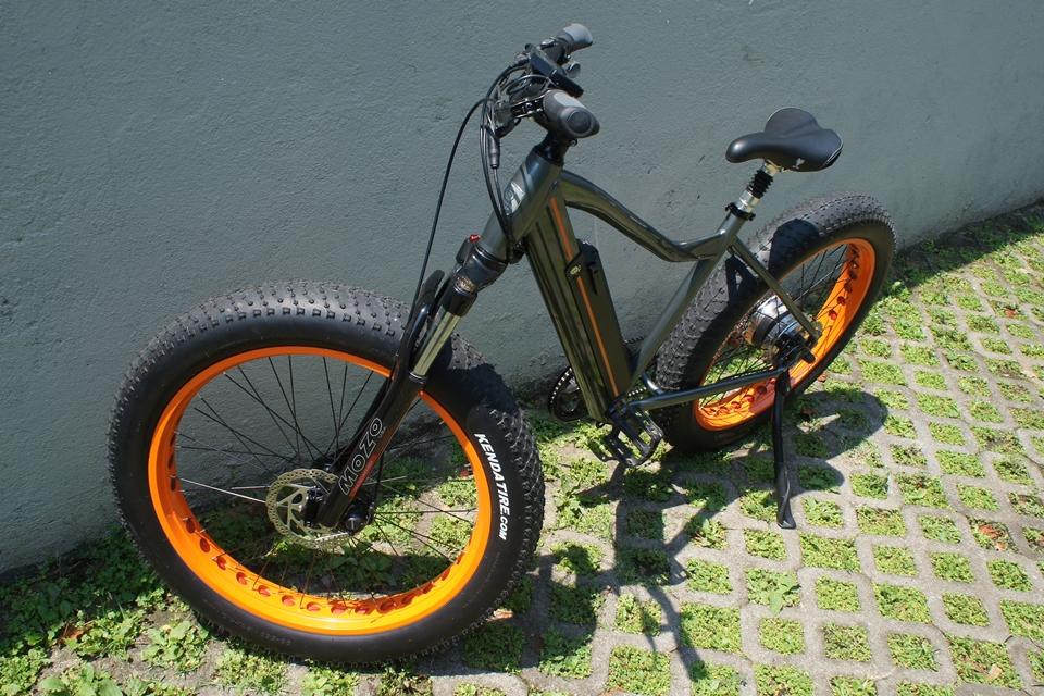 Imagem de Testamos: conheça a E.TANK, uma bike elétrica monstruosa e nacional no tecmundo