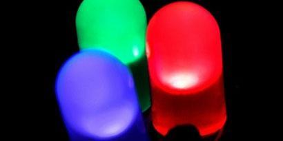 Imagem de Por que uma lâmpada de LED é mais econômica? no site TecMundo