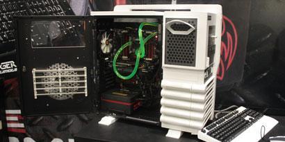 Imagem de Thermaltake Level 10 GT Snow Edition: gabinete para os gamers mais hardcore no site TecMundo