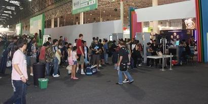 Imagem de Campuseiros começam a deixar a Campus Party Brasil 2012 no site TecMundo