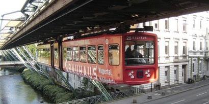Imagem de Conheça o monotrilho de Wuppertal, o primeiro trem suspenso do mundo no site TecMundo