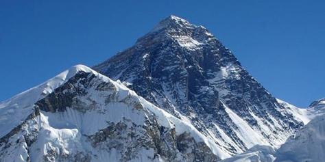 Imagem de Monte Everest já conta com cobertura de banda larga 4G no site TecMundo