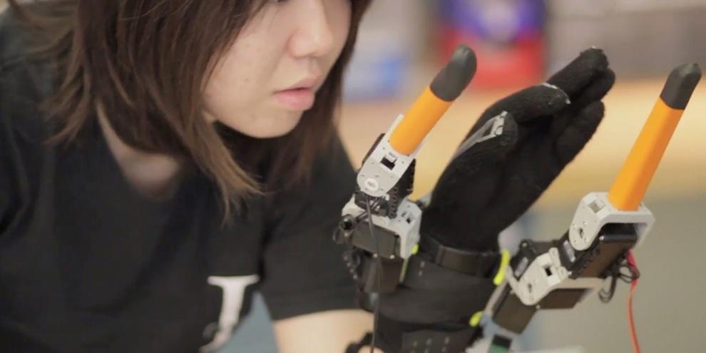 Imagem de MIT quer aprimorar a mão humana com a inclusão de dois dedos robóticos no site TecMundo
