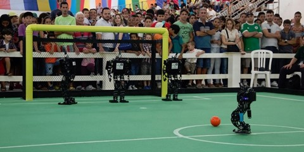 Imagem de Mais uma: Alemanha faz 11 a 1 no Brasil em Copa do Mundo de Robôs no site TecMundo