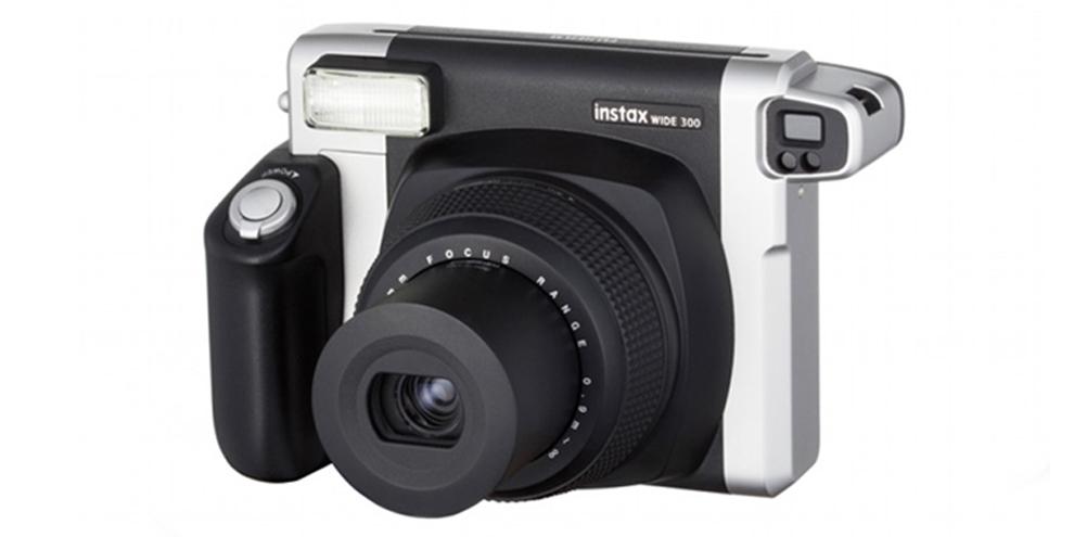 Imagem de Para fotos instantâneas: Fujifilm anuncia câmera INSTAX Wide 300  no site TecMundo