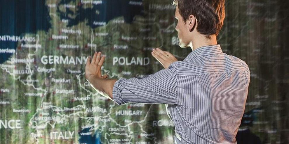 Imagem de Touchscreen é coisa do passado: projeto apresenta os hologramas interativos no site TecMundo