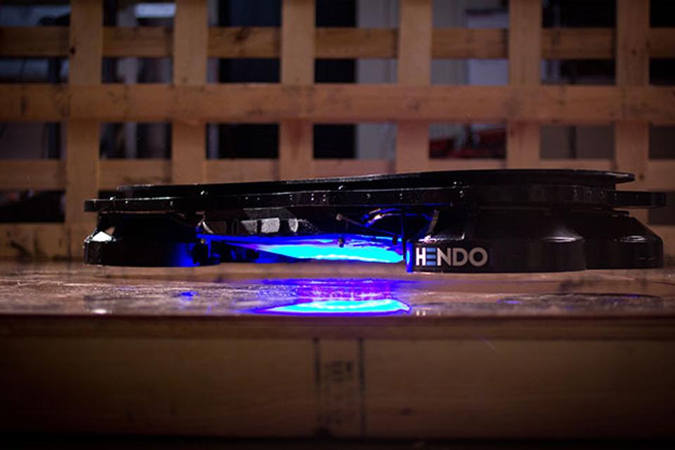 Imagem de Hendo: primeiro Hoverboard do mundo está captando recursos no Kickstarter no site TecMundo