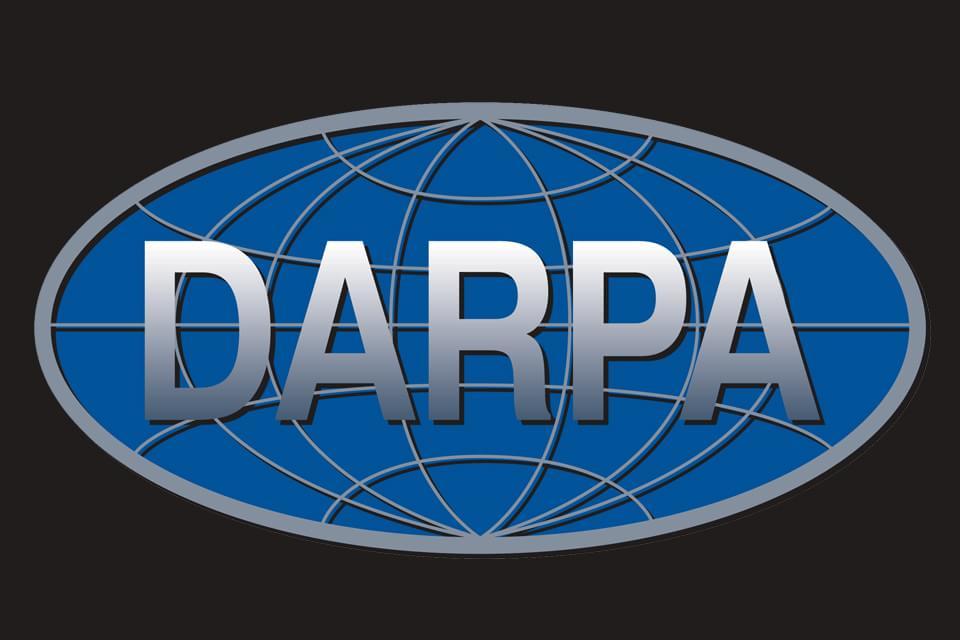 Imagem de Além dos robôs: conheça outros trabalhos científicos financiados pela DARPA no site TecMundo