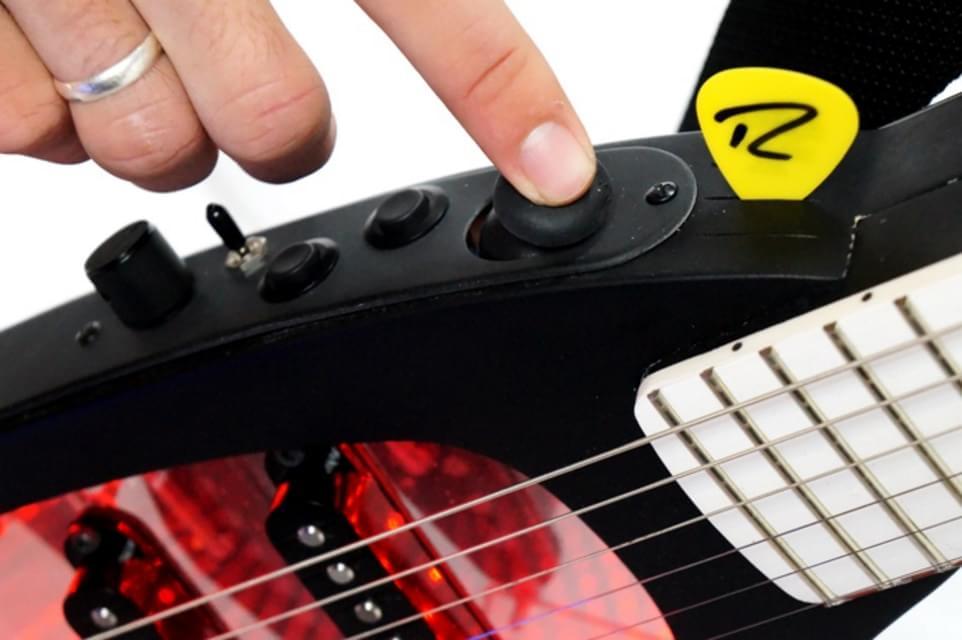 Imagem de Expressiv combina guitarra e central MIDI em um único instrumento no site TecMundo