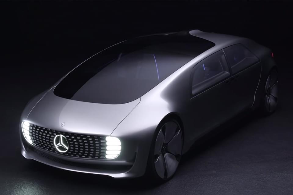 Imagem de Mercedes F 015: veja como será o carro conectado e luxuoso do futuro no site TecMundo