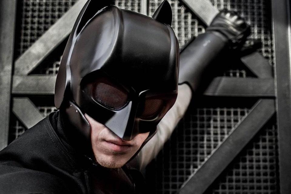 Imagem de Estudante de design cria traje do Batman que realmente funciona no site TecMundo
