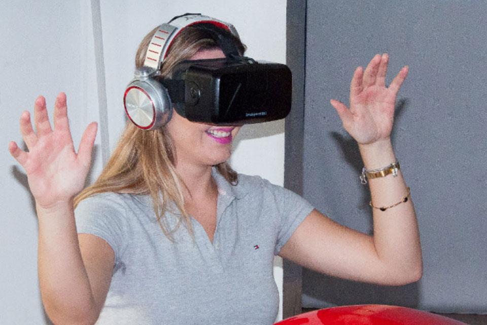 Imagem de Simulador de montanha-russa com realidade virtual faz sucesso no Brasil no site TecMundo