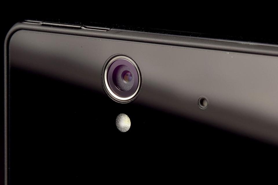 Imagem de Sabia que cada iPhone 6 vendido rende US$ 20 para a Sony? Culpa da câmera no tecmundo
