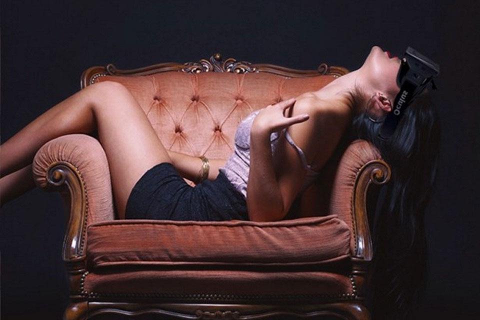 Imagem de Acessórios eróticos devem tornar a realidade virtual ainda mais... Realista no tecmundo