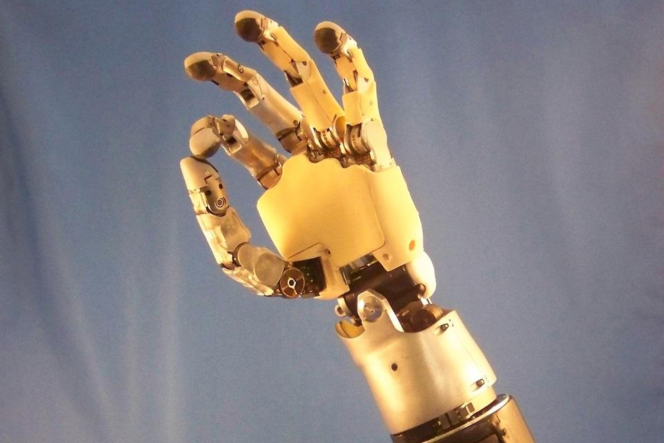Imagem de Cientistas estão desenvolvendo próteses que devolvem a sensação de toque  no tecmundo