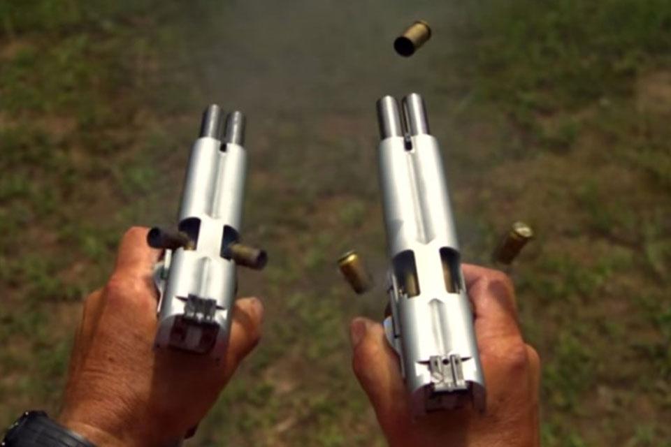 Imagem de Confira 20 disparos de uma pistola .45 em câmera lenta [vídeo] no tecmundo