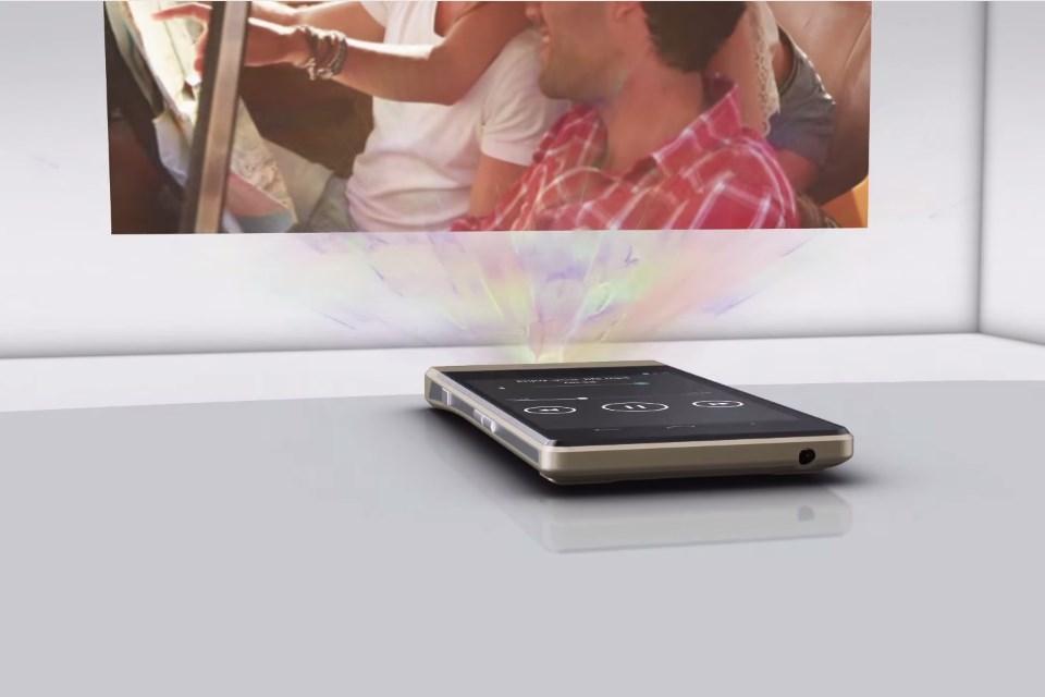 Imagem de Celular da Lenovo projeta filmes e ainda cria telas touchscreen [vídeo] no tecmundo