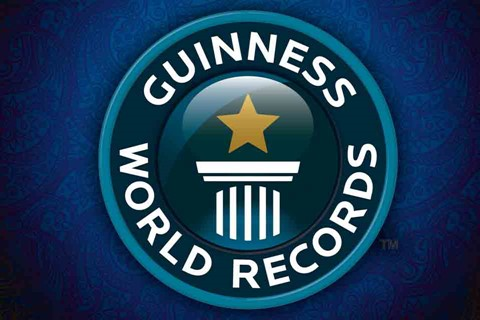 Imagem de 4 smartphones recordistas que entraram para o Guinness no tecmundo