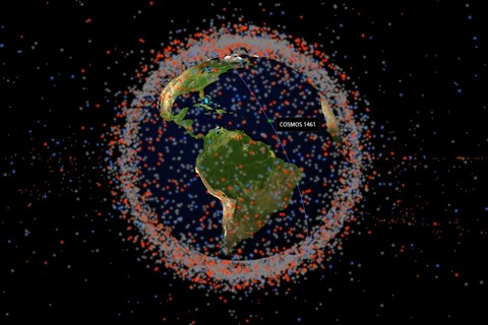 Imagem de Conheça o site que mapeia tudo o que gira em órbita da Terra no tecmundo