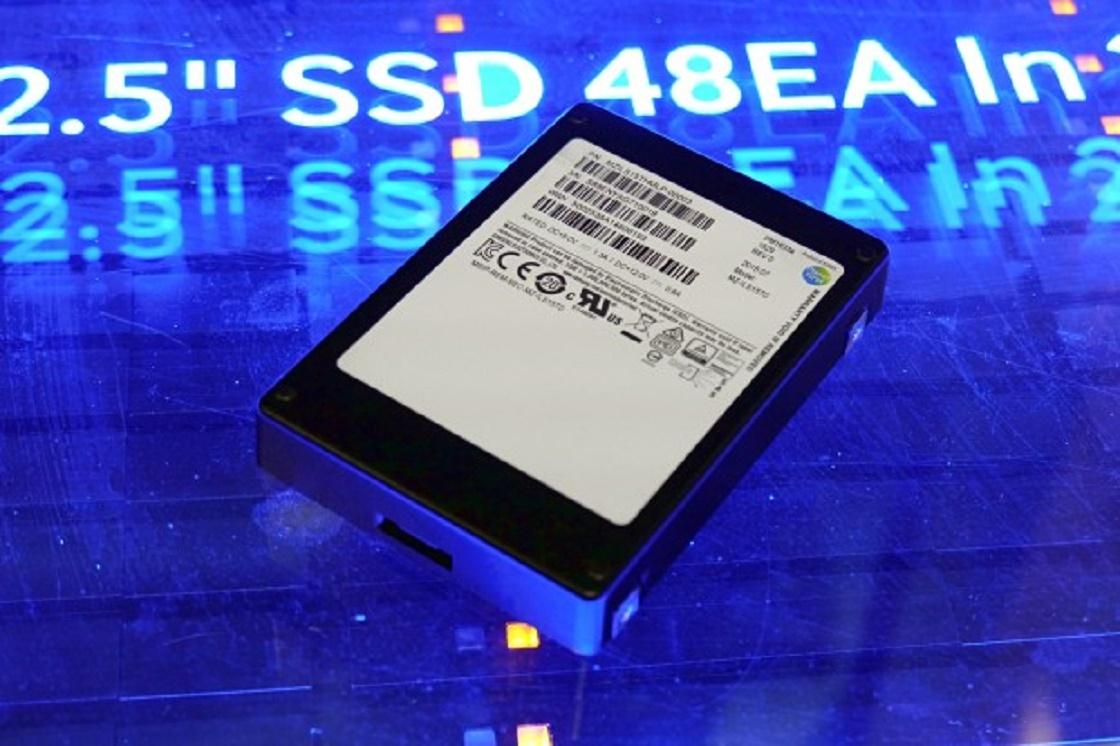 Imagem de R$ 27 mil: Samsung lança SSD de 16 TB no tecmundo