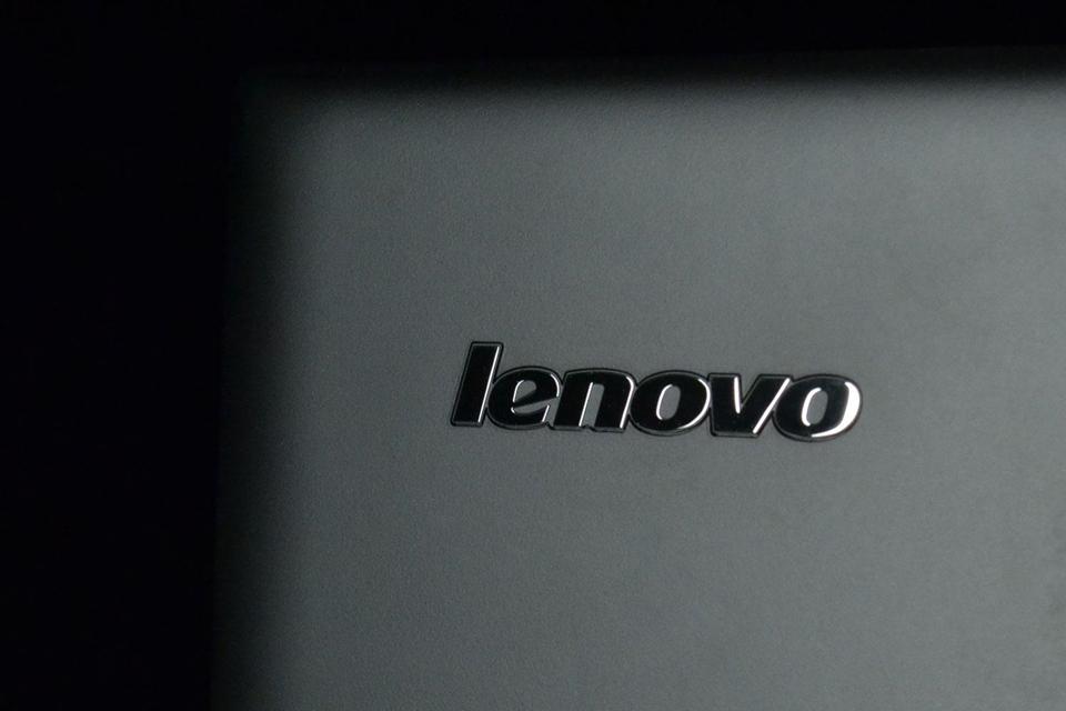Imagem de Vish! Novo phablet da Lenovo é perigosamente parecido com o iPhone 6 no tecmundo