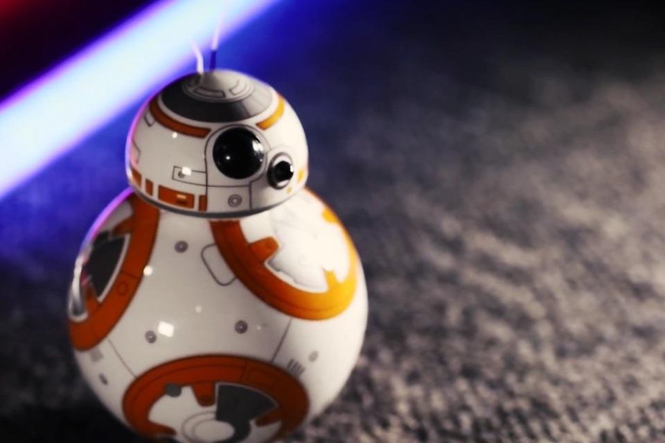 Imagem de Testamos o Sphero BB-8, o drone de Star Wars que vai deixar você babando no tecmundo