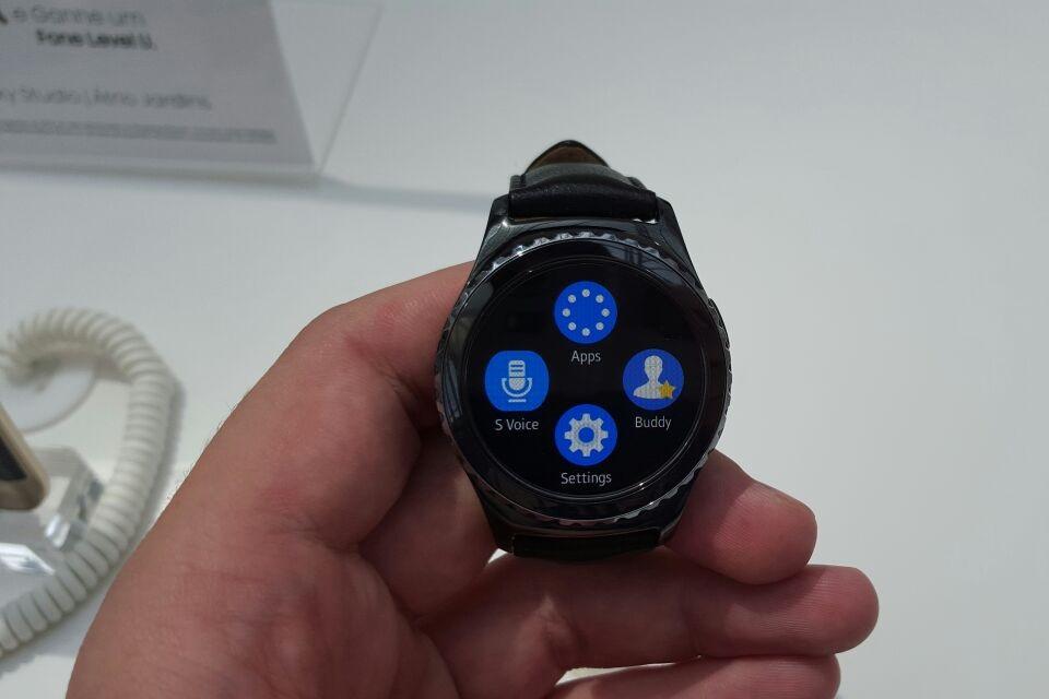 Imagem de Gear S2: smartwatch da Samsung chega ao Brasil a partir de R$ 1.899 no tecmundo