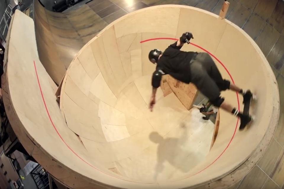 Imagem de Tony Hawk encara looping horizontal e grava tudo com Action Cam [vídeo] no tecmundo