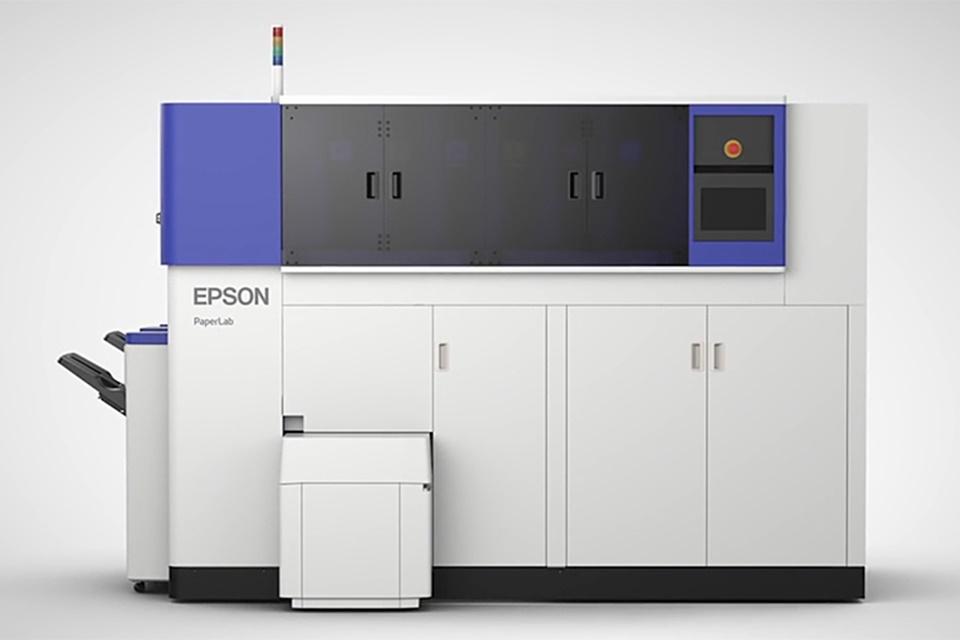 Imagem de Epson trabalha em máquina capaz de reciclar 14 folhas de papel em 1 minuto no tecmundo
