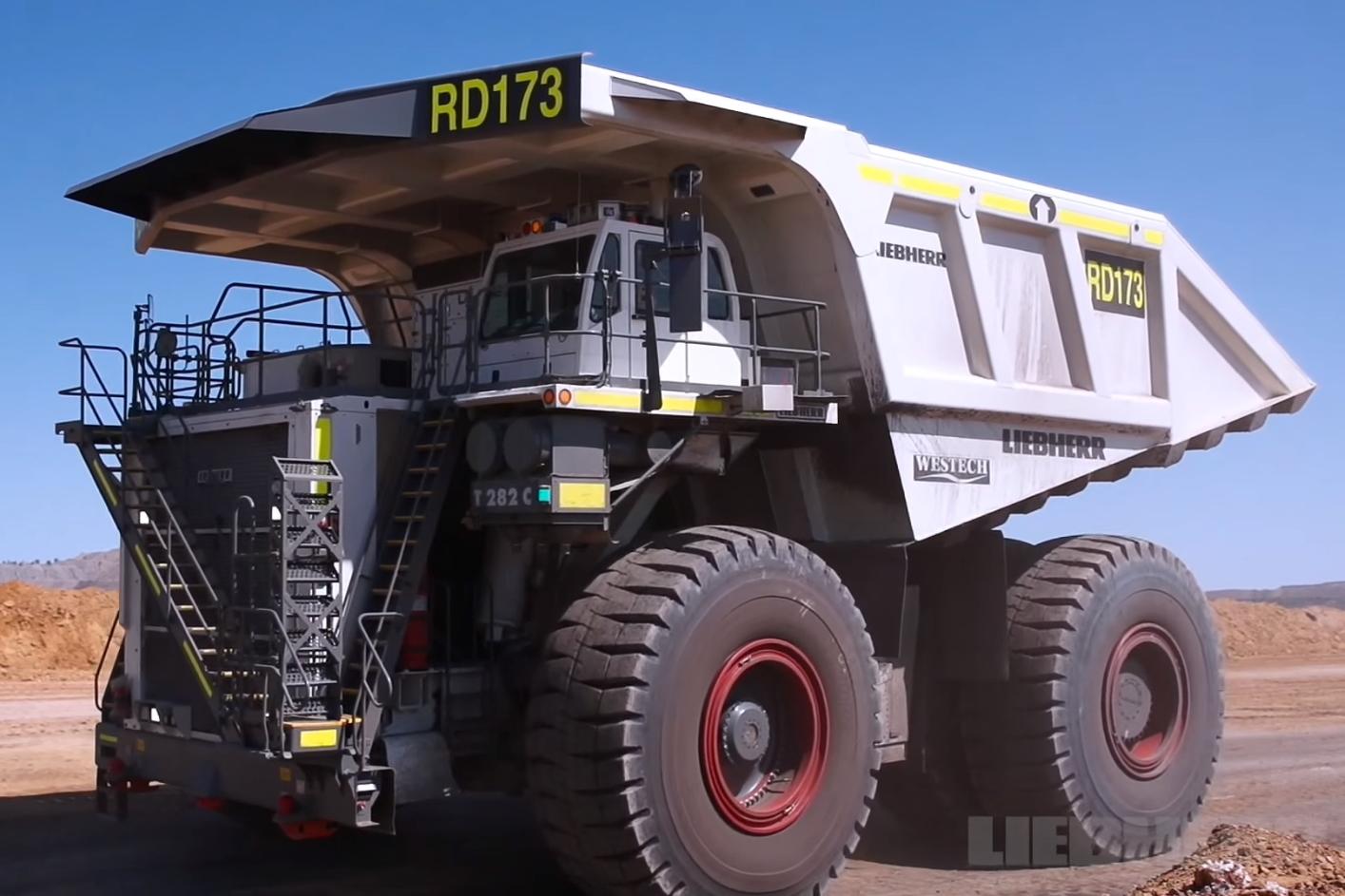 Imagem de Veja como é impressionante a construção de um caminhão gigante [vídeo] no tecmundo