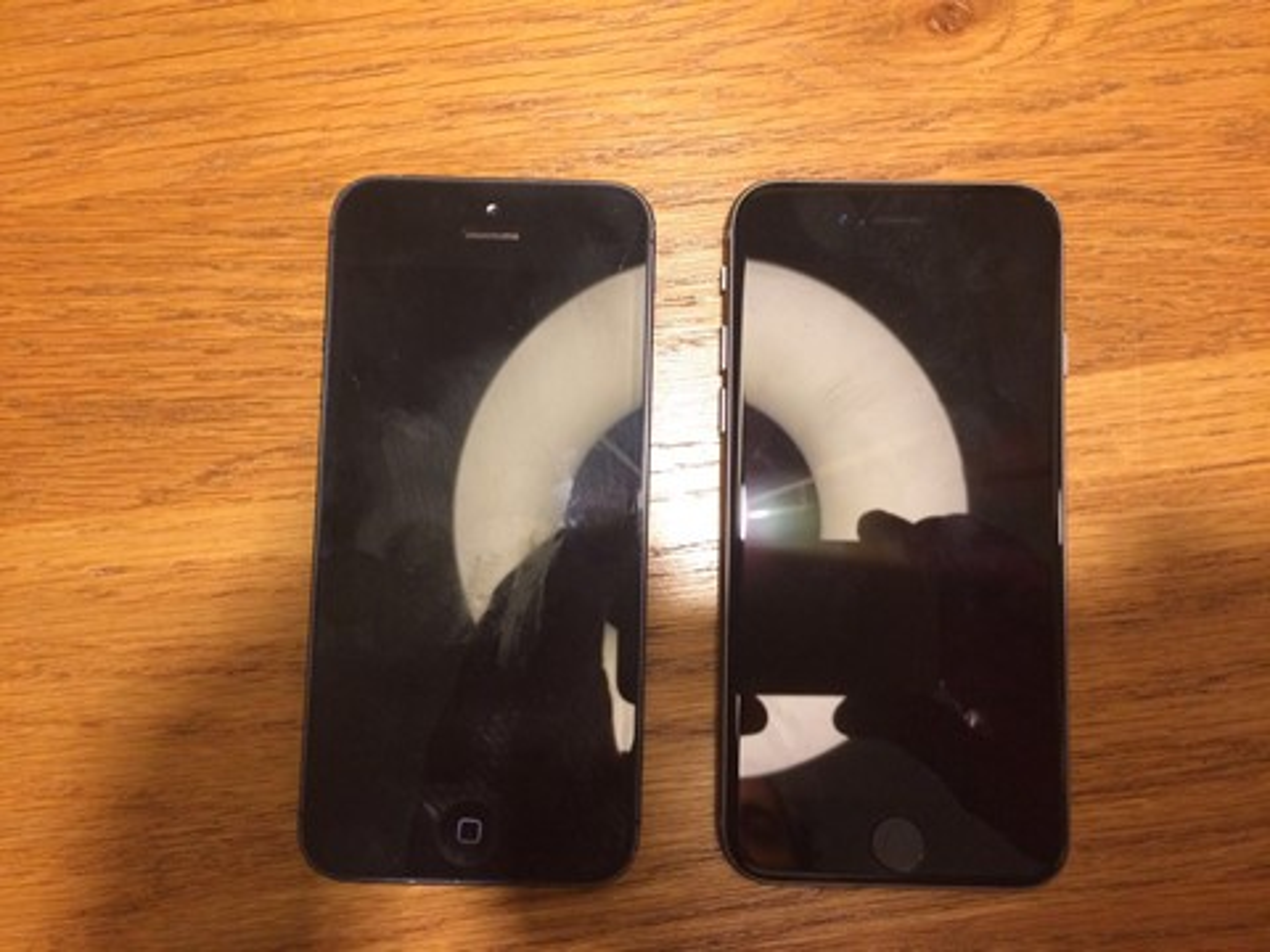 Imagem de Foto vazada do iPhone 6c confirma display d 4 polegadas [rumor] no tecmundo