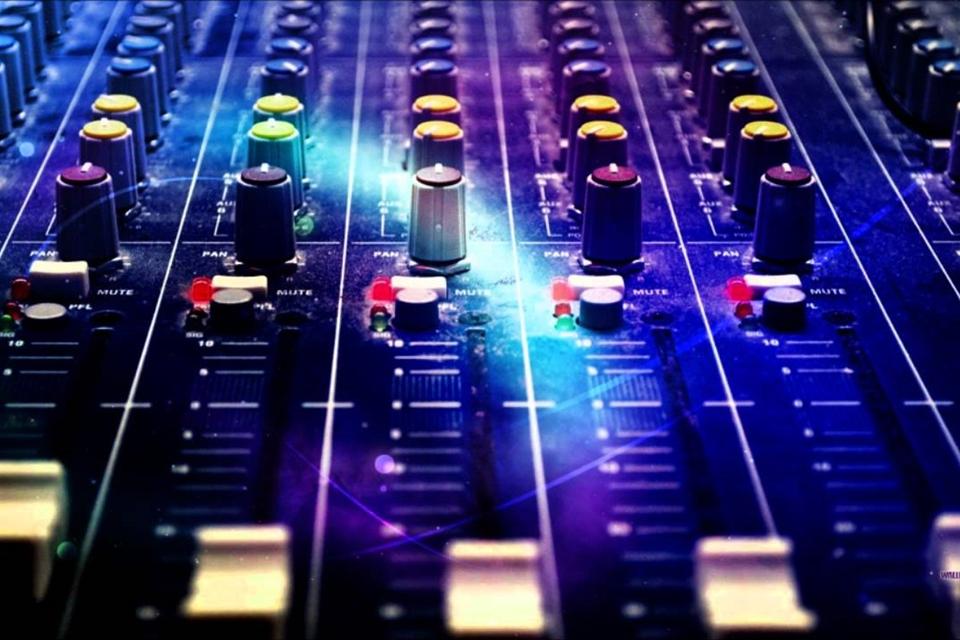 Imagem de Sampulator: que tal criar músicas eletrônicas online usando seu teclado? no tecmundo