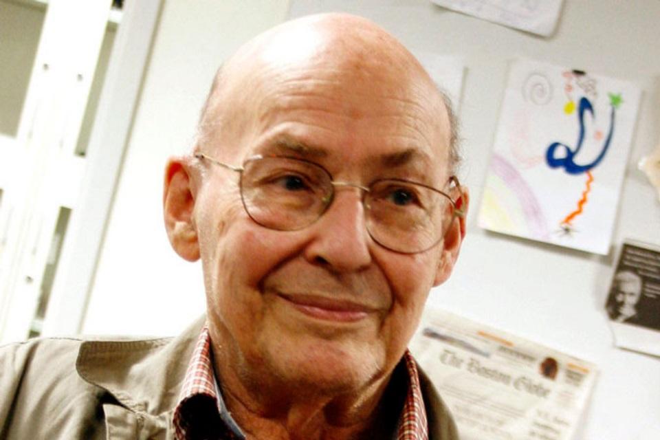 Imagem de Marvin Minsky, criador da primeira rede neural, falece aos 88 anos no tecmundo