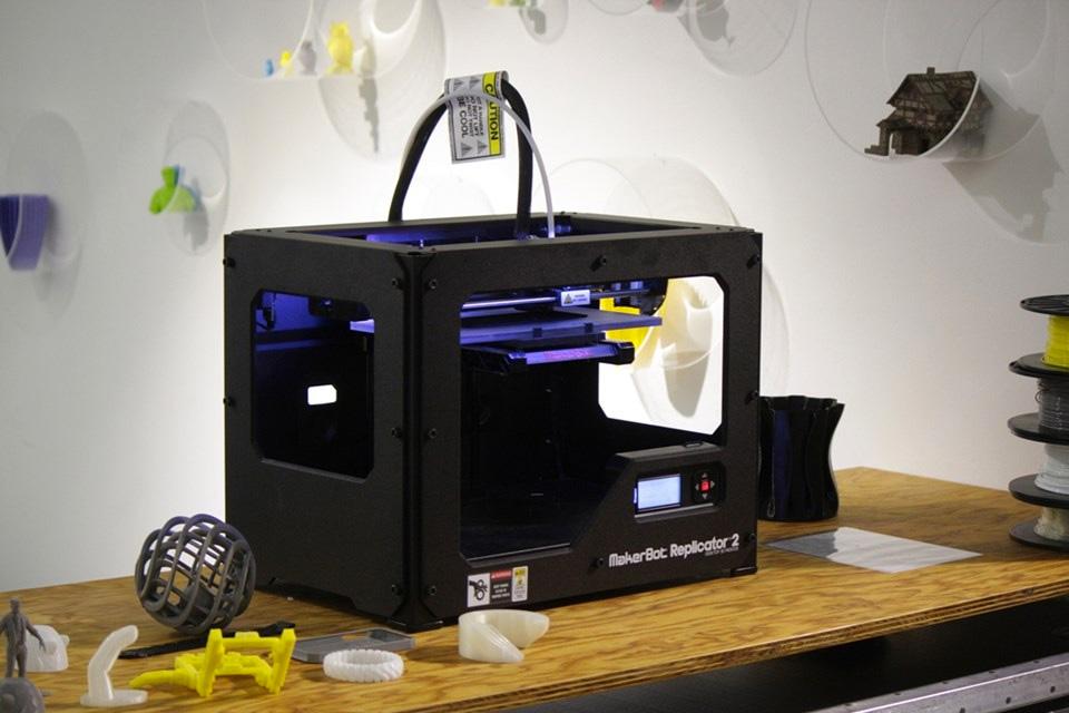 Imagem de Conheça alguns modelos de impressora 3D no Brasil e saiba quanto custam no tecmundo