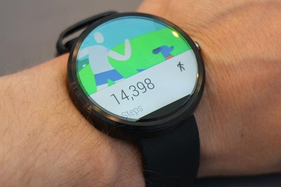 Imagem de Modelos do Moto 360 começam a receber nova versão do Android Wear no Brasil no tecmundo