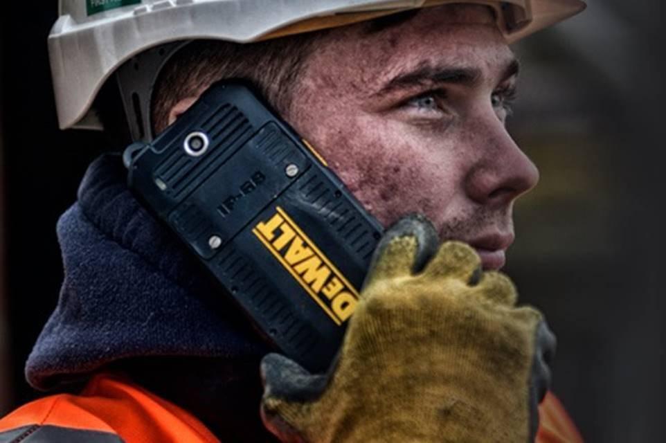 Imagem de Durão: marca de ferramentas DeWALT anuncia o seu primeiro smartphone no tecmundo