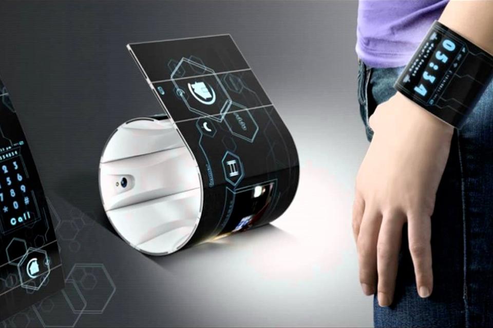 Imagem de Futuro chegando: smartphone flexível que dobra no punho é apresentado no tecmundo
