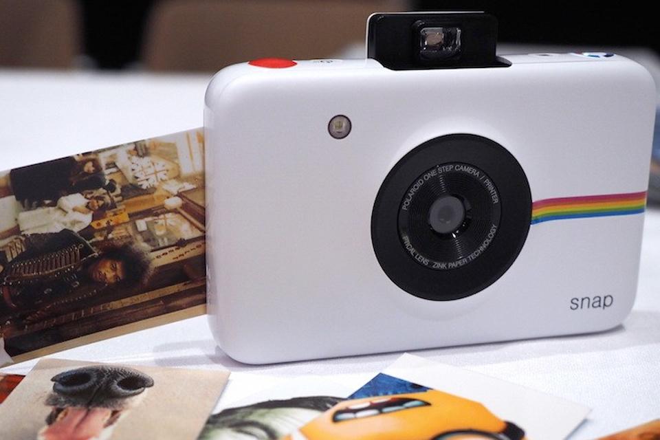 58bc6d1294000 Marca de câmeras Polaroid lança dois tablets de baixo custo na CES 2015 ·  há 4 anos 09 jan 2015 - 10h 39 · Imagem de Chega ao mercado câmera com  impressão ...
