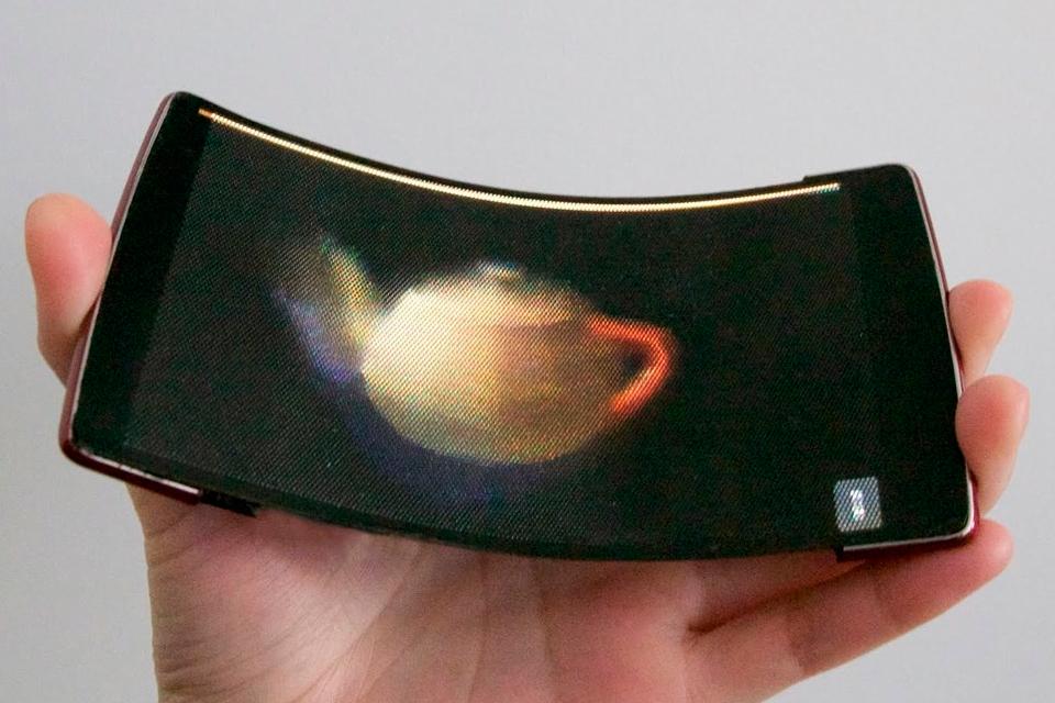 Imagem de HoloFlex, conheça o smartphone com tela 3D e flexível ao mesmo tempo no tecmundo
