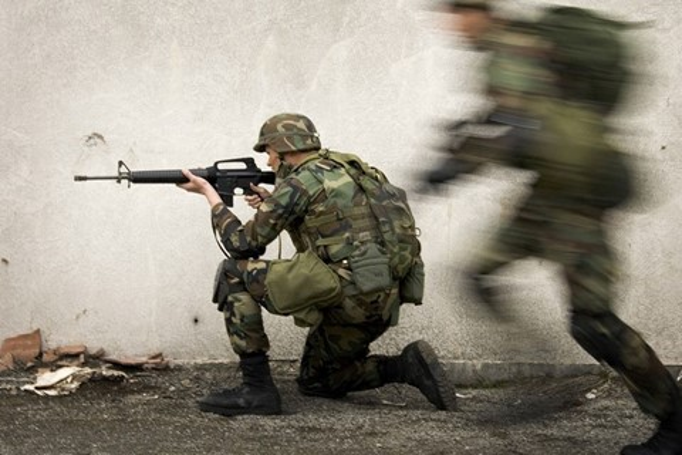 Imagem de Tecnologia militar permite que soldados vejam atrás de obstáculos no tecmundo